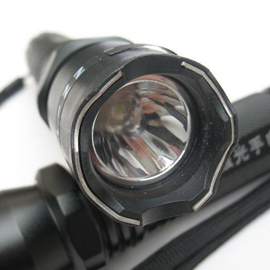 首页 小型电击器 警用强光手电(加强型)电击棍 zz-1109 电击棍 防身电